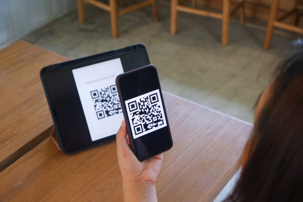 Making PromtPay payment by QR code